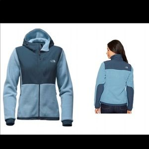 The North Face Women's Denali 2  Blue Ink Jacket